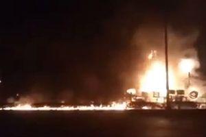 Thông tin chi tiết vụ cháy xe bồn lan vào hàng chục nhà dân, 6 người chết