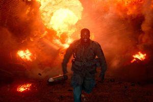 'Chiến dịch Overlord': Con người hay zombie đáng sợ nhất?