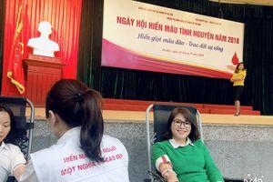 Đoàn khối các cơ quan TP Hà Nội: Góp gần 300 đơn vị máu cứu giúp người bệnh