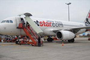 Cơ trưởng Jetstar bị phạt vì dừng máy bay sai chỗ