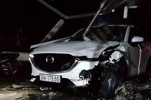 Cán bộ huyện lái ô tô tông chết người ở Hà Tĩnh