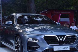 Ô tô sedan đẹp long lanh của VinFast: Giá lăn bánh bao nhiêu tiền?