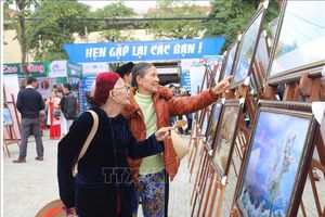 Trưng bày 120 bức ảnh về du lịch, văn hóa, con người của 6 tỉnh Việt Bắc