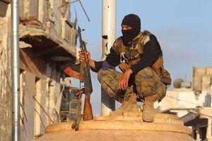 Châu Âu giúp 'quân nổi dậy' lắp đầu đạn hóa học vào tên lửa