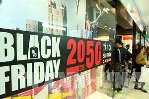 Đón 'bão' giảm giá Black Friday