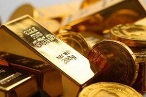 Giá vàng tiếp tục sụt giảm, thời điểm để mua vào