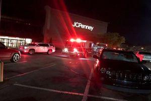 Black Friday: Nã đạn vào đám đông mua sắm, nhiều người thương vong