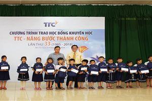 Tập đoàn TTC trao học bổng tại Bến Tre