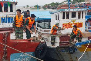 TP.HCM đưa 800 tàu cá, ghe thuyền vào nơi trú bão an toàn