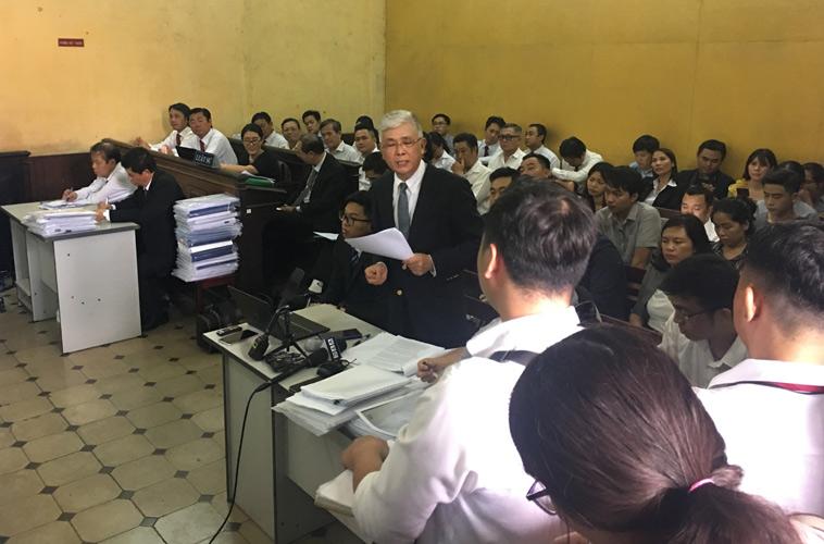 Tòa yêu cầu Vinasun và Grab củng cố thêm cơ sở để tiếp tục tranh luận