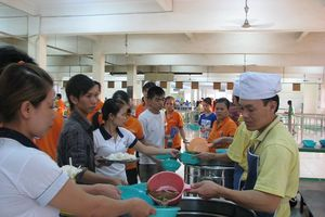 Thực phẩm suất ăn công nhân phải có truy xuất nguồn gốc