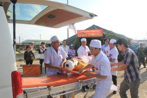 Chuẩn bị các đội cấp cứu cơ động, sẵn sàng ứng cứu cho tuyến dưới