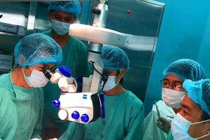Phẫu thuật nối thành công bàn tay cho bệnh nhân bị máy cưa đứt lìa