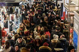 Dân châu Âu mua sắm kỷ lục ngày Black Friday