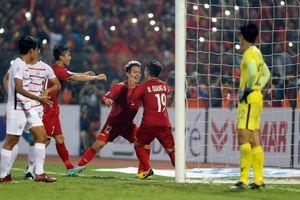 AFF Cup 2018: Thắng dễ Campuchia, tuyển Việt Nam xếp nhất bảng A