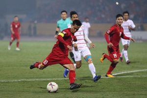 Tuyển Việt Nam thắng '3 sao' Campuchia, giành ngôi nhất bảng