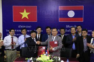TTXVN bàn giao hệ thống trang thiết bị kỹ thuật cho Thông tấn xã KPL, Lào