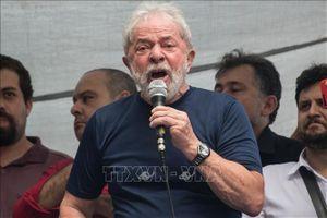 Hai cựu Tổng thống Brazil cùng hầu tòa vì 'dính' án tham nhũng, rửa tiền