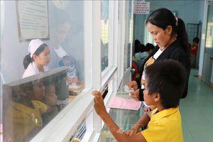 Chính sách miễn phí BHYT chăm sóc sức khỏe toàn diện cho đồng bào vùng khó