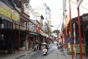 Cận cảnh 'đồng phục' cột sắt trên phố kiểu mẫu Đình Thôn