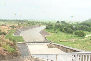 Thêm hồ Hoa Sơn đang xả điều tiết lũ