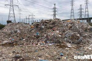TP.HCM: Công ty xả thải hàng ngàn tấn rác chưa qua xử lý