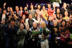 Cuộc hội ngộ xúc động của thế hệ nghệ sĩ vàng Nhà hát Kịch Việt Nam