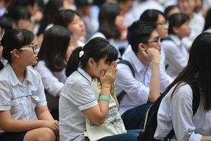 Sự thật về nỗi khổ của học sinh