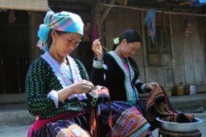 Hỗ trợ phụ nữ dân tộc phát triển kinh tế hợp tác
