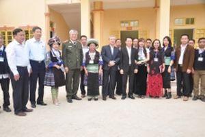Đồng chí Trần Quốc Vượng tiếp xúc cử tri huyện Trạm Tấu, Yên Bái