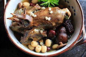Các món ngon, bài thuốc từ thịt chim bồ câu 'bổ gan khỏe thận'