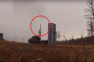 Xem quân đội Nga khai hỏa 'rồng lửa' S-300