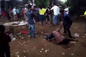 Nhóm thanh niên xông vào đám cưới, đâm nhiều người bị thương