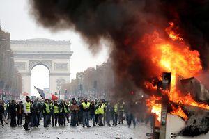 Pháp: Bắt 143 người, 3.000 cảnh sát đương đầu 8.000 người biểu tình