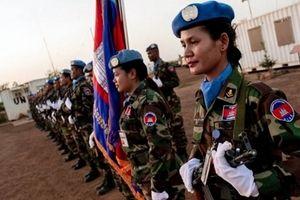 Nữ cảnh sát mũ nồi xanh nơi nguy hiểm nhất hành tinh