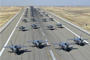Xem Quân đội Mỹ phô diễn sức mạnh Không quân đầy uy lực