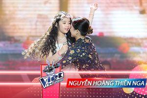 'Công chúa tóc mây' Thiên Nga hát tặng mẹ yêu dù ốm nặng ngay trước vòng Trình diễn