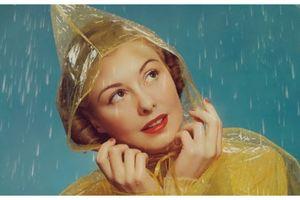 Ăn chơi không sợ mưa 'trôi' với các bí quyết trang điểm ngày mưa