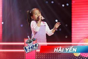 Liveshow 2: Khó tính như Hồ Hoài Anh cũng phải tấm tắc khen Hải Yến quá giỏi!