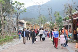 Phát triển du lịch gắn với bảo tồn di sản văn hóa