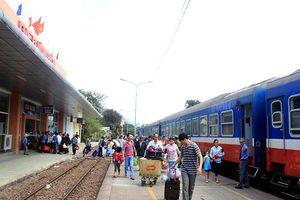 Ngành đường sắt hủy nhiều chuyến tàu vì bão số 9