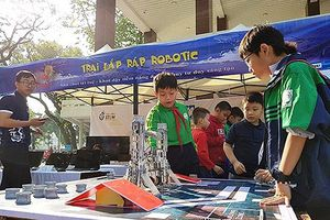Nhiều hoạt động lý thú tại Ngày hội 'Khoa học kỹ thuật sáng tạo thanh thiếu nhi Thủ đô lần thứ IV'