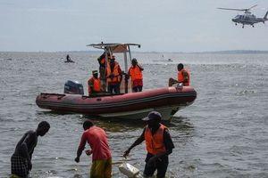 Uganda: Đang tiệc tùng say sưa thì thuyền chìm, 31 người chết