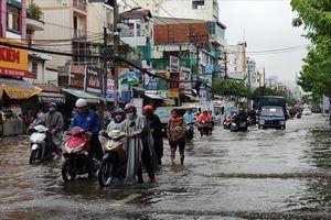Bão Sài Gòn, chỉ là nỗi sợ mưa dầm