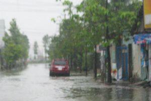 Ảnh hưởng của bão số 9: Đi bơm nước cứu hoa màu, hai vợ chồng bị điện giật chết