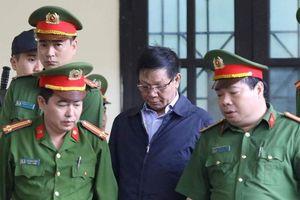 Xét xử cựu tướng Phan Văn Vĩnh: VKSND Phú Thọ cảnh báo game thủ