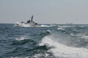 Ukraine yêu cầu Nga trả tàu, trả người và 'bồi thường thiệt hại'