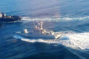 Nga pháo kích tàu chiến Ukraine xâm phạm lãnh hải, nhiều người bị thương
