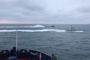 Tàu chiến Nga truy đuổi tàu hải quân Ukraine gần bán đảo Crimea