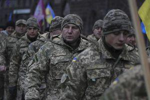 Va chạm với Nga trên biển, toàn bộ quân đội Ukraine vào thế nghênh chiến
